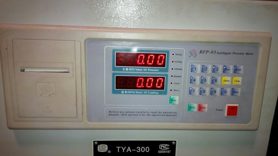 bộ điều khiển máy nén uốn xi măng 300kn